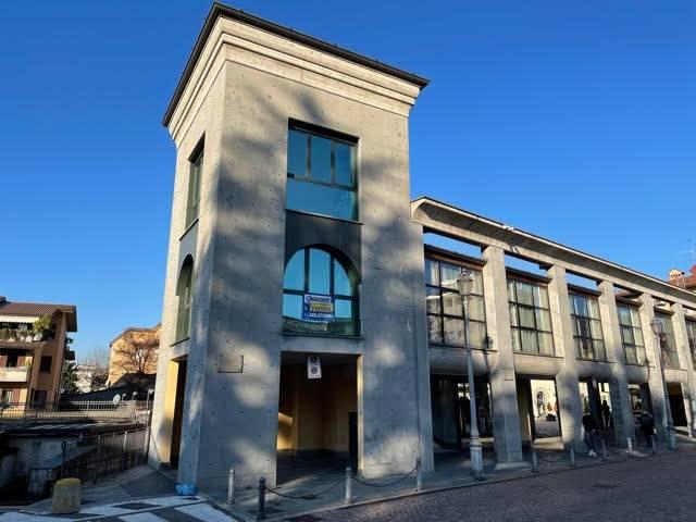 Ufficio / Studio in vendita a Grumello del Monte, 9999 locali, prezzo € 137.000 | PortaleAgenzieImmobiliari.it