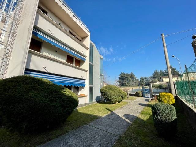 Appartamento in vendita a Erbusco, 3 locali, prezzo € 75.000 | CambioCasa.it