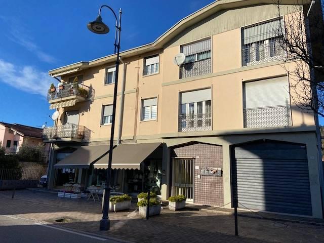Appartamento in vendita a Castelli Calepio, 3 locali, prezzo € 85.000 | PortaleAgenzieImmobiliari.it