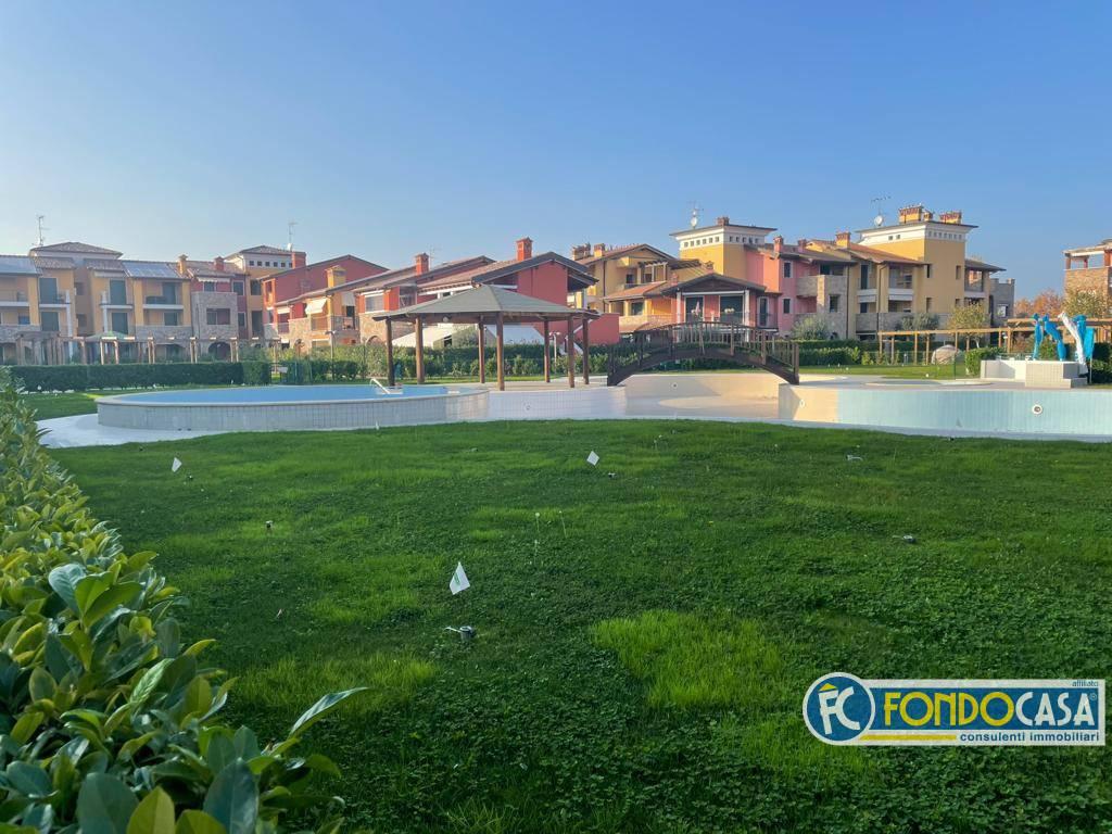 Appartamento in vendita a Sirmione, 3 locali, zona na, prezzo € 310.000 | PortaleAgenzieImmobiliari.it