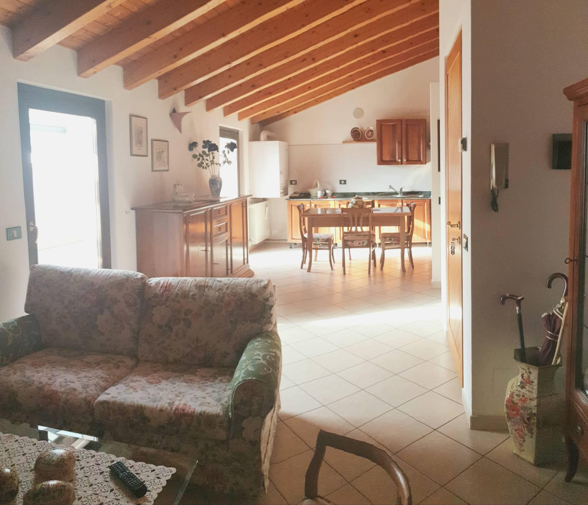 Attico / Mansarda in vendita a Vestone, 4 locali, prezzo € 125.000 | PortaleAgenzieImmobiliari.it