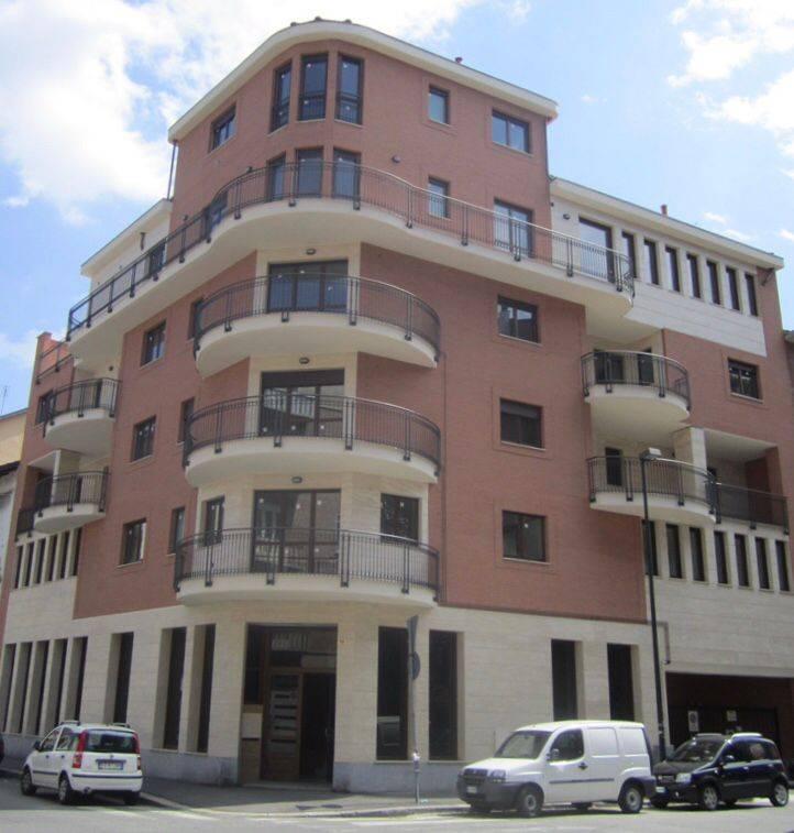Uffici divisi in ambienti/locali in affitto a Torino in ...