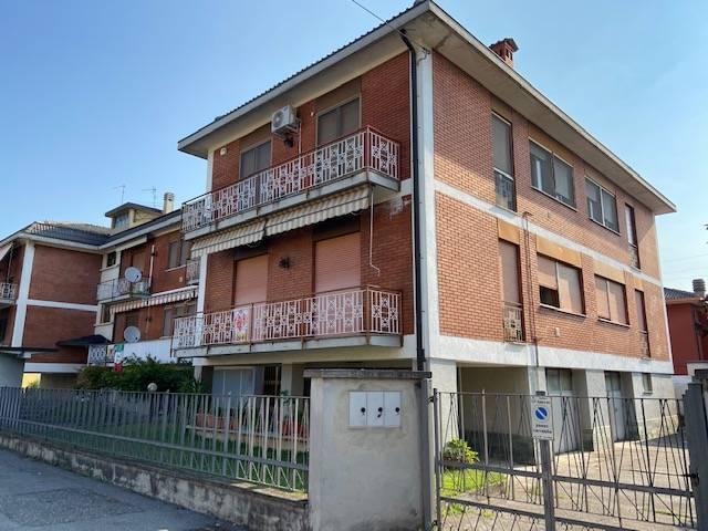 Appartamento in vendita a Sarnico, 2 locali, prezzo € 99.900 | PortaleAgenzieImmobiliari.it