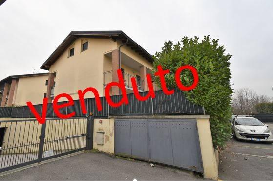 Attico / Mansarda in vendita a Bernareggio, 2 locali, prezzo € 100.000 | PortaleAgenzieImmobiliari.it