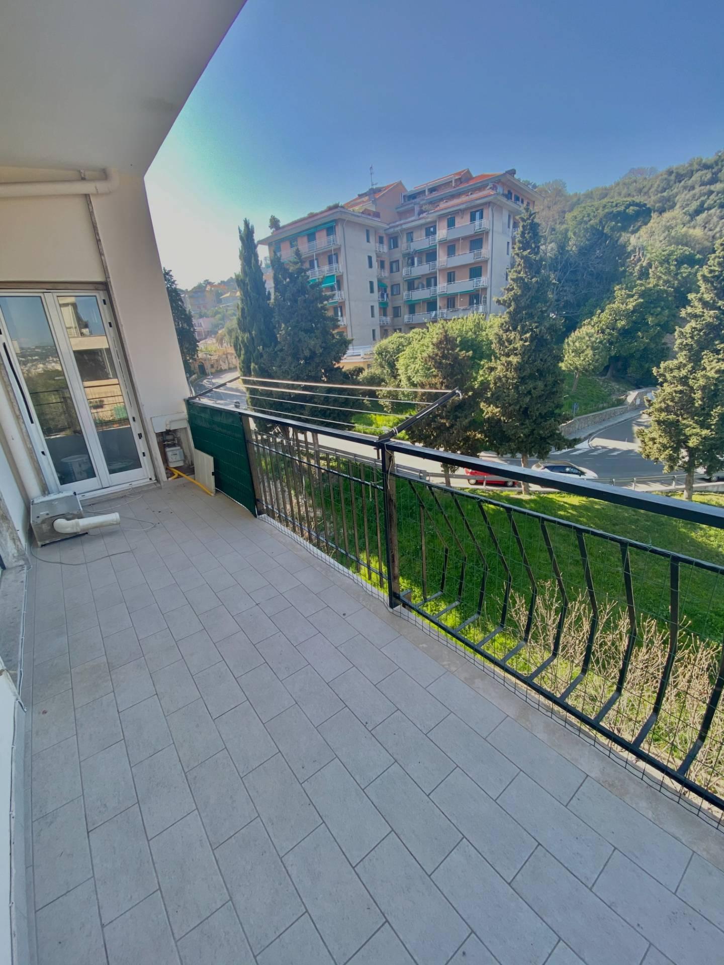 Appartamento in affitto a Albissola Marina, 3 locali, prezzo € 550 | PortaleAgenzieImmobiliari.it