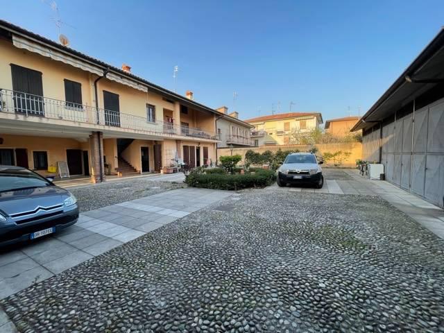 Appartamento in vendita a Rovato (BS)