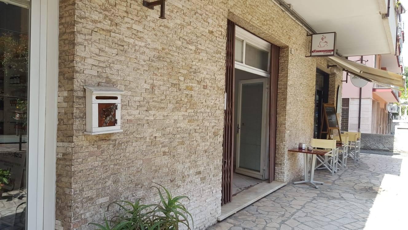 Negozio / Locale in vendita a Arenzano, 9999 locali, zona Località: Rue, prezzo € 55.000 | PortaleAgenzieImmobiliari.it