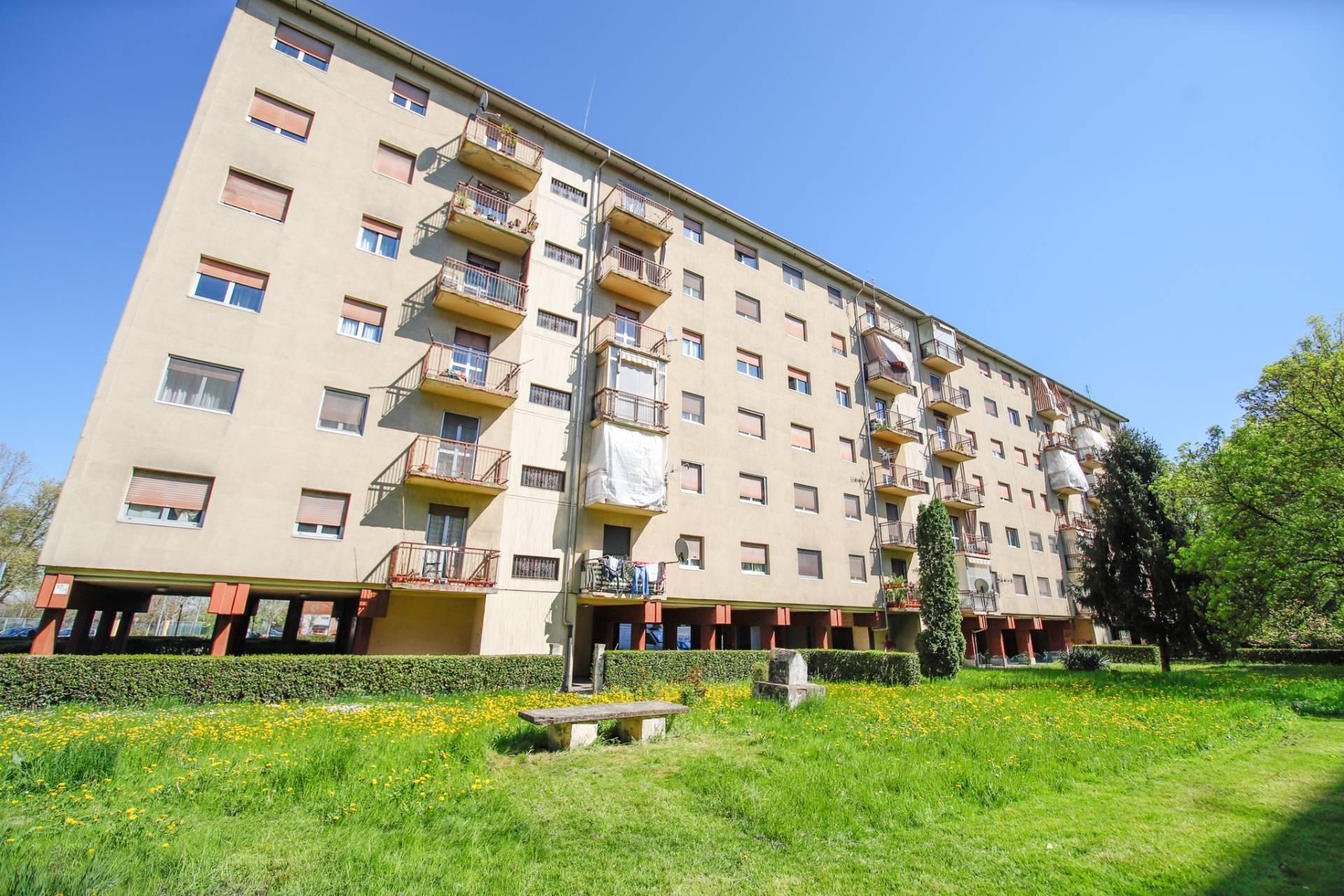 Appartamento in vendita a Venaria Reale, 5 locali, prezzo € 139.000 | CambioCasa.it
