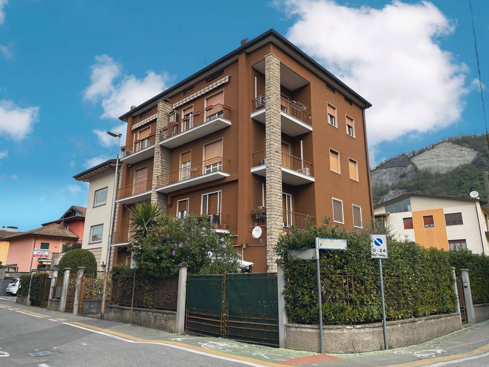 Appartamento in vendita a Sarnico, 3 locali, prezzo € 79.990 | PortaleAgenzieImmobiliari.it