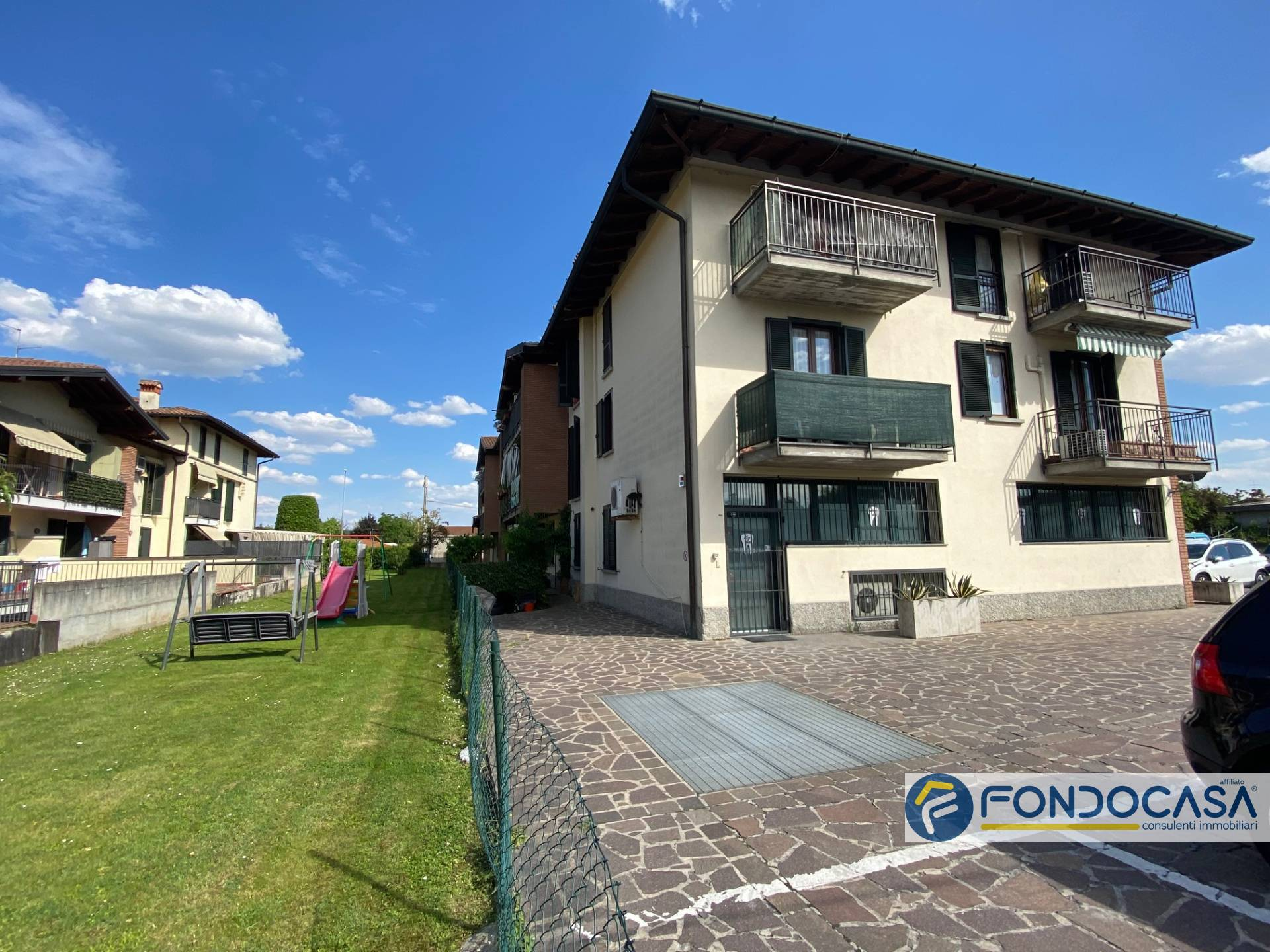 Appartamento in vendita a Cologne, 3 locali, prezzo € 120.000 | PortaleAgenzieImmobiliari.it