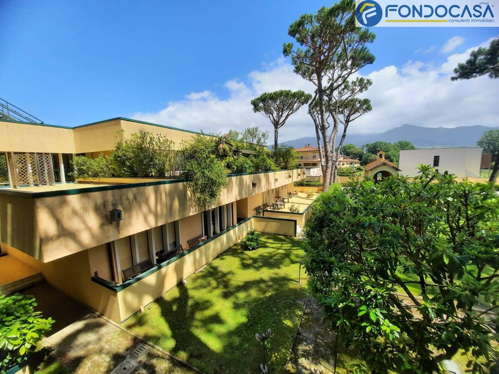 Appartamento in vendita a Montignoso, 2 locali, zona uale, prezzo € 179.800 | PortaleAgenzieImmobiliari.it