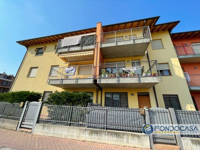 Appartamento in vendita a Cologne, 3 locali, prezzo € 115.000   PortaleAgenzieImmobiliari.it