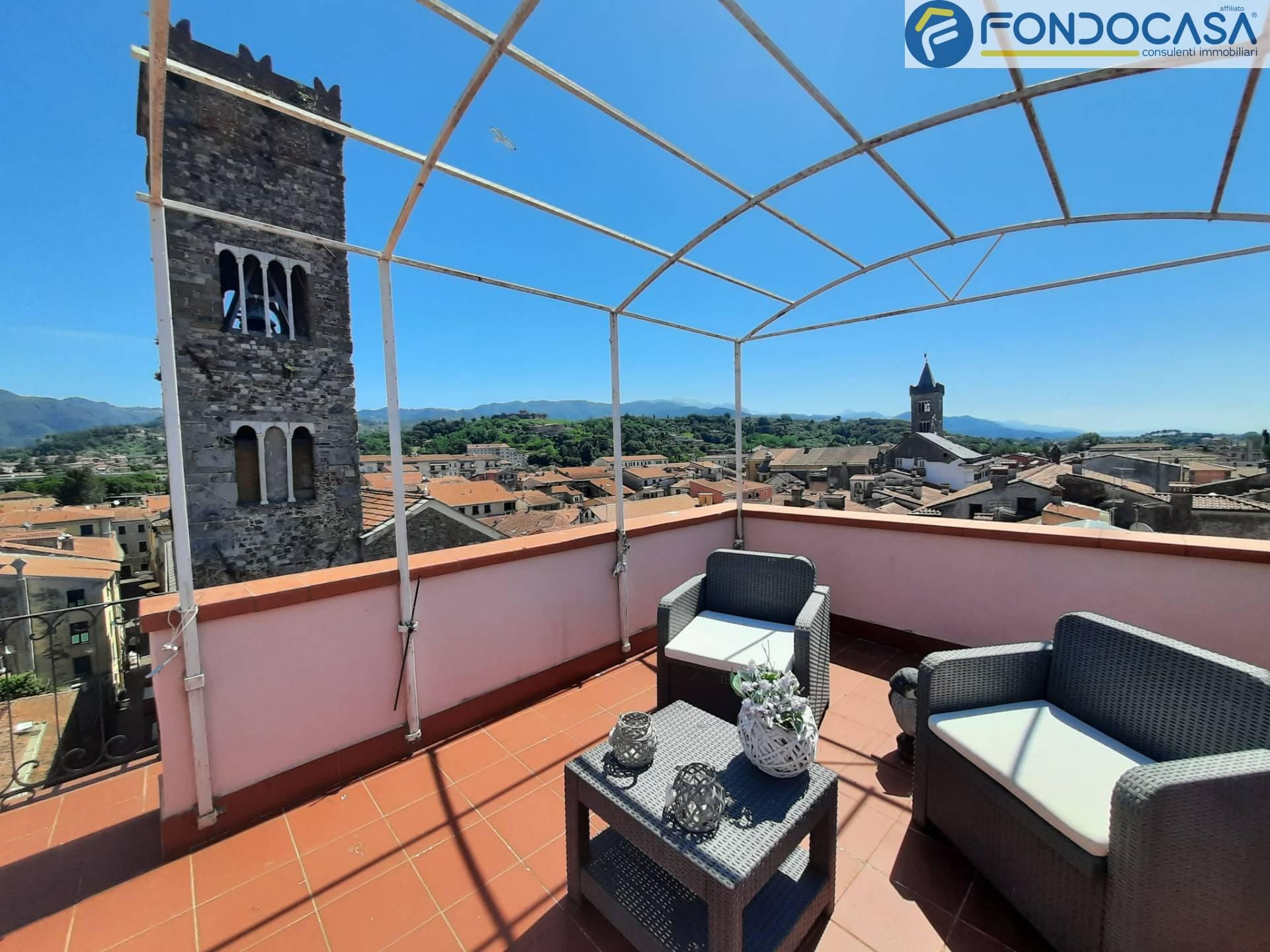 Attico / Mansarda in vendita a Sarzana, 5 locali, prezzo € 330.000 | PortaleAgenzieImmobiliari.it