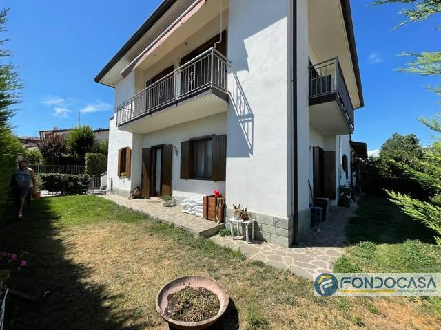 Villa in vendita a Erbusco, 4 locali, prezzo € 259.900   CambioCasa.it