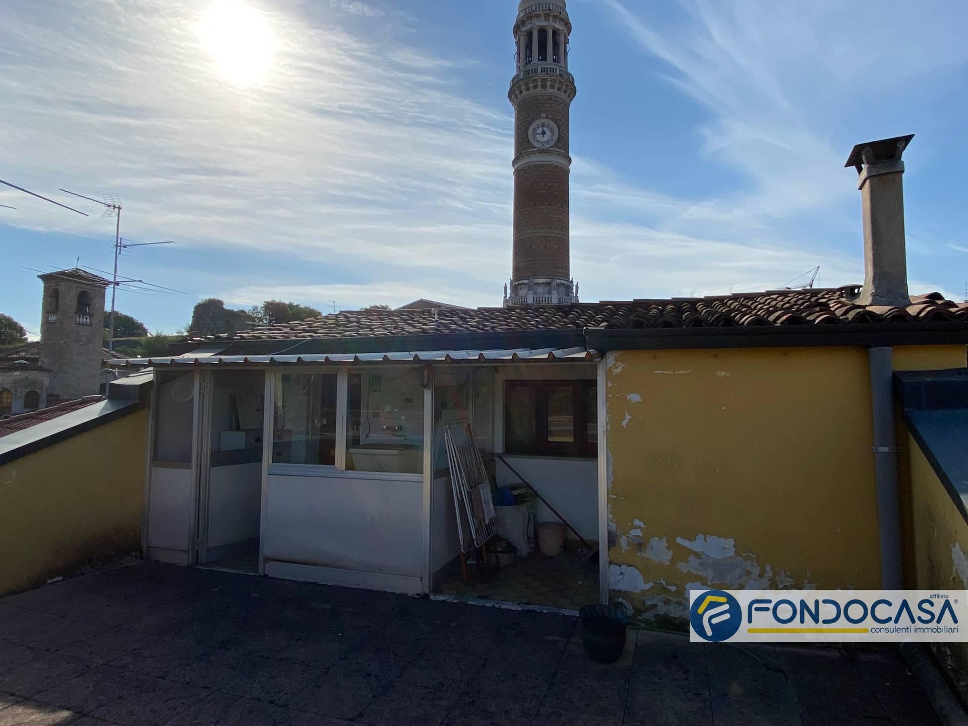 Appartamento in vendita a Palazzolo sull'Oglio, 7 locali, prezzo € 125.000   PortaleAgenzieImmobiliari.it