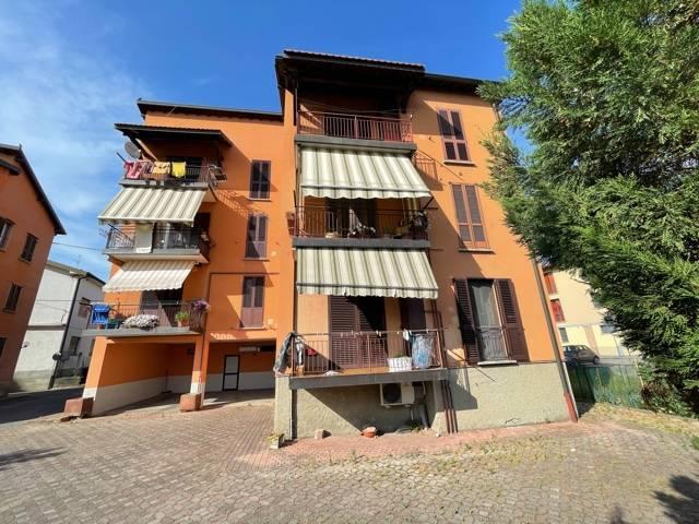 Appartamento in vendita a Grumello del Monte, 3 locali, prezzo € 79.900 | CambioCasa.it