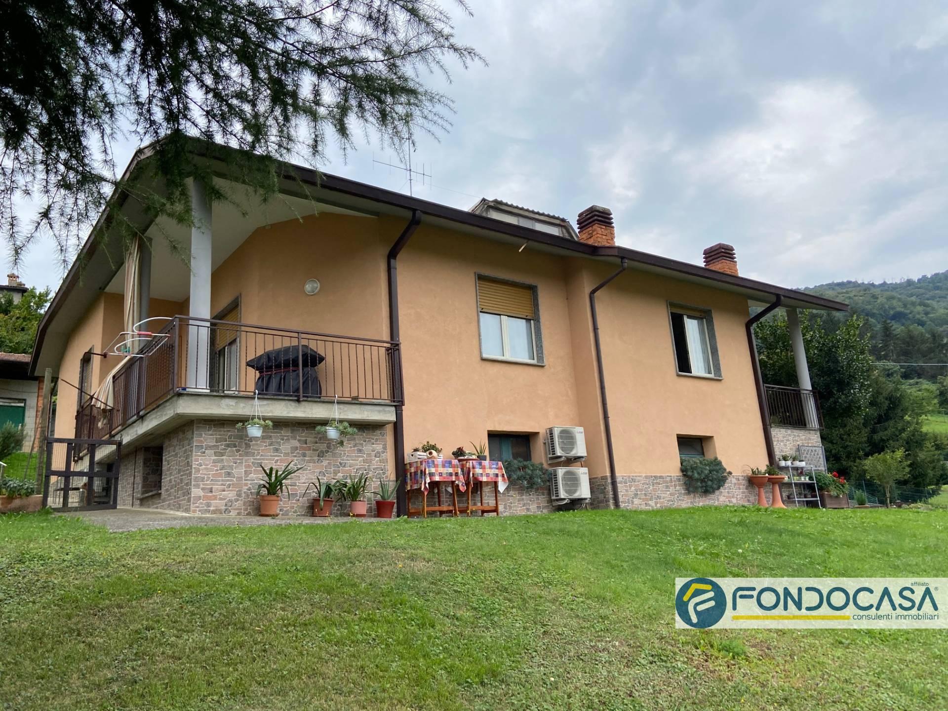 Villa in vendita a Foresto Sparso, 7 locali, prezzo € 285.000   PortaleAgenzieImmobiliari.it