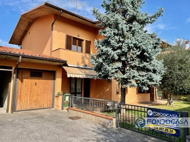 Villa a Schiera in vendita a Erbusco, 7 locali, prezzo € 209.900   CambioCasa.it