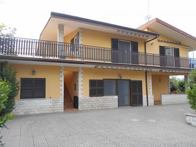 Vai alla scheda: Casa indipendente Vendita Guidonia Montecelio