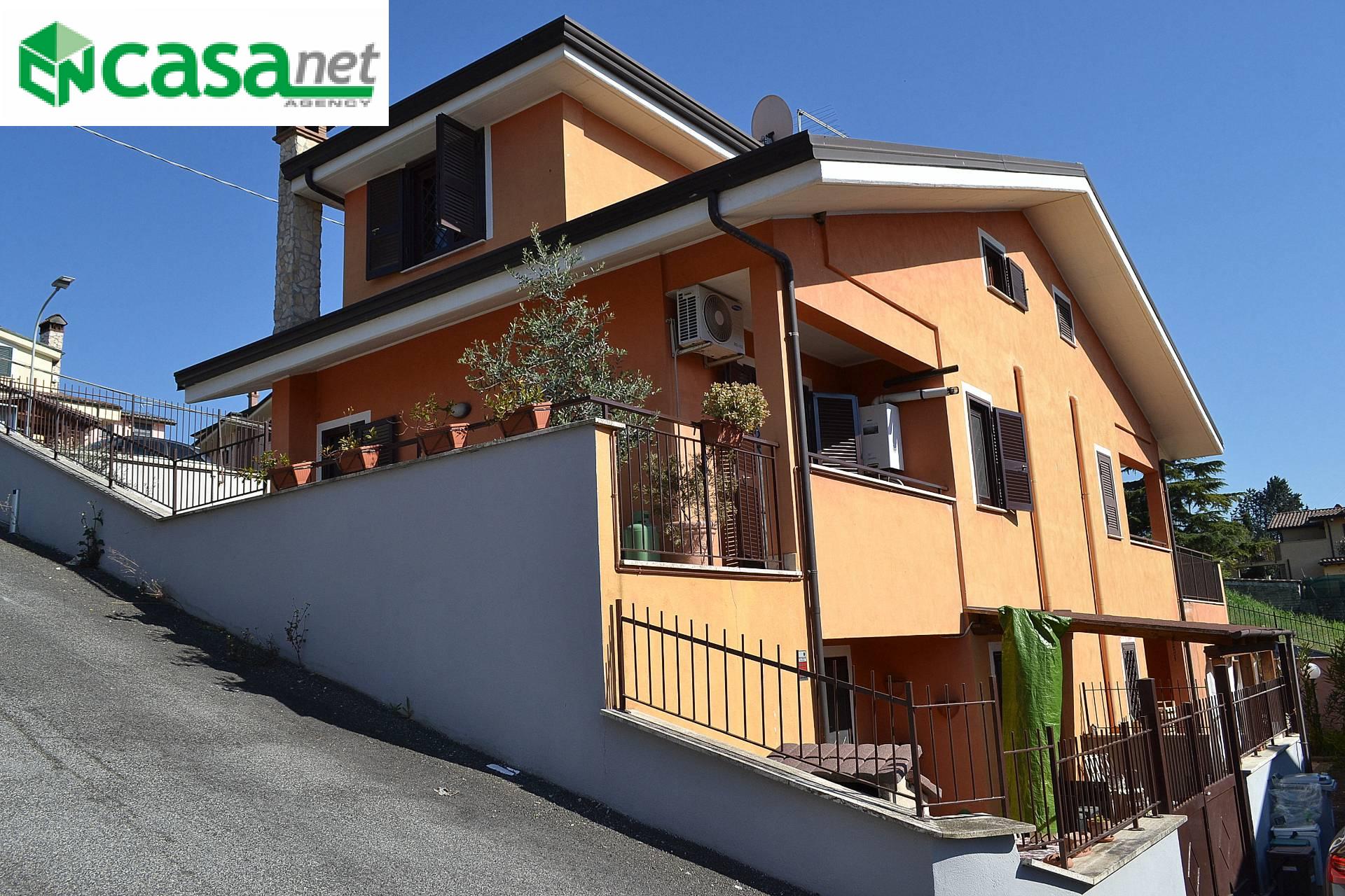 Villa a Schiera in vendita a Guidonia Montecelio, 4 locali, zona Zona: Pichini, prezzo € 160.000 | CambioCasa.it