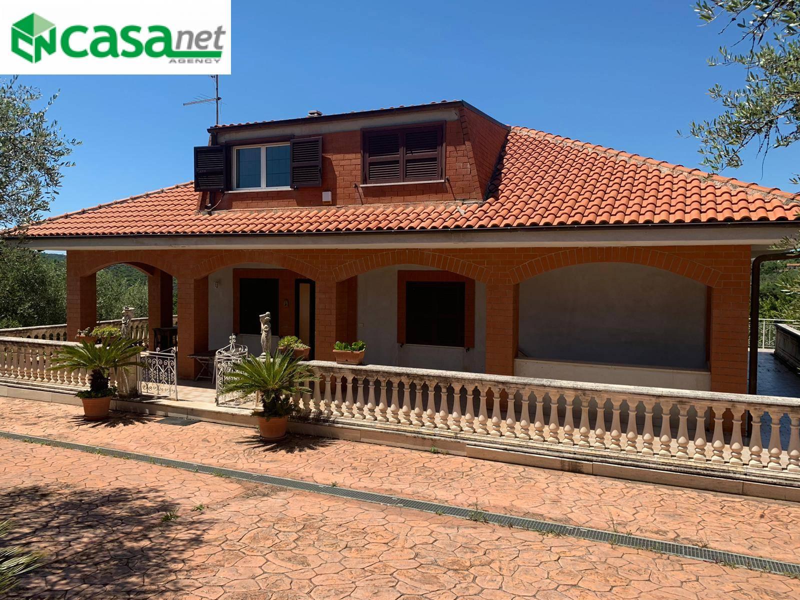 Villa in vendita a Marcellina, 7 locali, prezzo € 349.000 | CambioCasa.it
